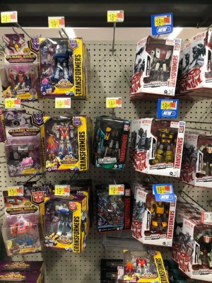 Transformers Cyberverse Deluxe Soundwave, Prowl and Starscream Found at US Retail