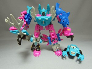 In-Hand Images - Kabaya Gum Transformers Seacons Set