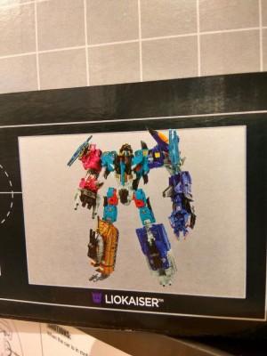 Transformers Combiner Wars Liokaiser Clearer Image
