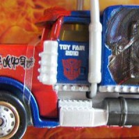Transformers News: Pics of Nuremberg's Toy Fair 2010 exclusive RPM Optimus Prime