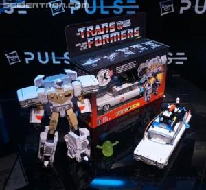 Transformers News: Ecto-1 Ectotron Figure Cameos in Goldbergs TV Show