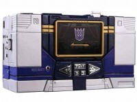 Transformers News: BBTS Sponsor News: Botcon, Transformers, Robocop ED-209, Pink Ranger, DC Collectibles, Prometheus, Play Arts Kai, Monsters University & More!