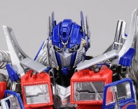 Transformers News: New Toy Images of Transformers DOTM Dual Model Kit Optimus Prime & Bumblebee