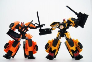 In-Hand Images - Takara Tomy Transformers Adventure TAV 18 Drift, plus Comparison