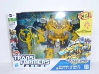 Transformers News: Transformers Prime Cyberverse Bumblebee Battle Suit Pictorial Review