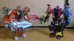 Takara Tomy Unite Warriors Megatronia in Hand Images