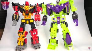 Transformers News: Video Review of Transformers Power of the Primes Titan Predaking