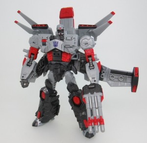 New Pictures of Generations Selects Super Megatron