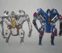 New Images of the DotM Deluxe Thundercracker Repaint