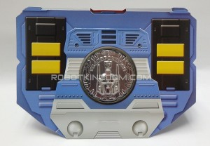 Collector Coin - TakaraTomy Transformers Masterpiece MP-31 Delta Magnus
