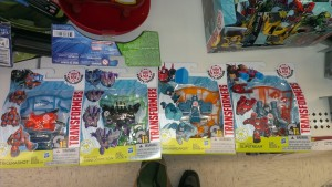 Transformers Robots in Disguise First Wave of Weapon Mini-cons and Power Surge Starscream Found in Canada