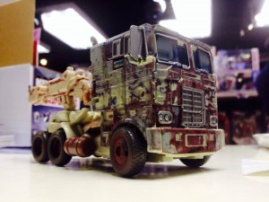 """Transformers News: In-Hand Images: Takara Tomy Transformers: Lost Age Toys""""R""""Us Japan Exclusive """"Rusty"""" Optimus Prime"""