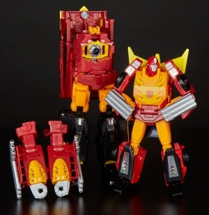In-Hand Images of Transformers Power of the Primes Leader Rodimus and Optimus Prime Mid-Evolution