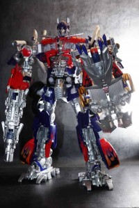 Transformers News: In-Hand Images: APS-01 Striker Optimus Prime