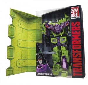 Transformers News: SDCC 2015 Exclusive Transformers Generations Devastator - Individual Constructicons and Gestalt Shot