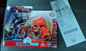 Transformers News: Transformers: Robots in Disguise Combiner Force Saberclaw Sighted at US Retail