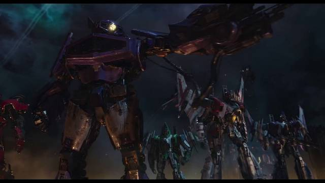 Travis Knight Interview on Bumblebee Trailer Revealing Starscream and Wheeljack