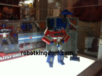 Transformers News: ROBOTKINGDOM .COM Newsletter #1199