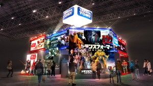Takara Tomy Promoting Transformers: The Last Knight and Merchandise at Tokyo Comic Con 2017