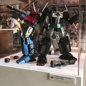 SDCC 2017: Hasbro 3A Transformers Generation 1 Ultra Magnus & Nemesis Prime