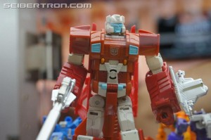 New Gallery: SDCC 2015 Transformers Scattershot and Betatron