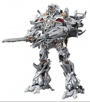Transformers News: More United Kingdom Sightings- MPM-08 Megatron and Siege Wave 3 Deluxes