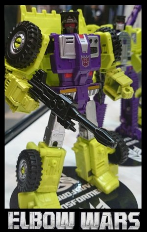 Transformers News: TakaraTomy Transformers Unite Warriors: Devastator & Elbows