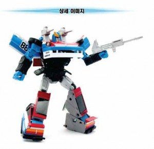 Transformers News: New Official Images: Takara Tomy Transformers Masterpiece MP-18 Bluestreak and MP-19 Smokescreen