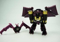 Transformers News: More In-Hand Images: Takara Tomy Transformers Generations TG-20 Deluxe Ratbat