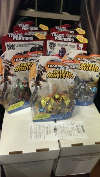 Transformers News: Transformers Prime Beast Hunters Deluxe Wave 4 Sighted at Retail