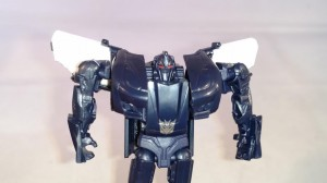 Video Review of Transformers: The Last Knight Legion Barricade
