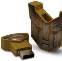 Transformers News: Revenge of the Fallen ... on USB!