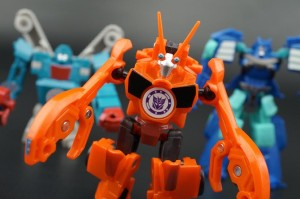 New Galleries: Robots In Disguise Legion Class Bisk, Groundbuster and Blizzard Strike Drift