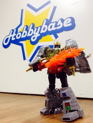 Transformers News: In-Hand Images: MP-08 Grimlock Reissue with Flamesword, Crown, and Collector Coin