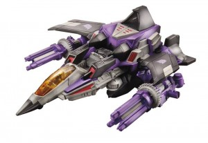 Transformers News: Video Review: Transformers Generations Deluxe Skywarp