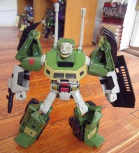 Transformers News: Pictures of Universe Hardhead