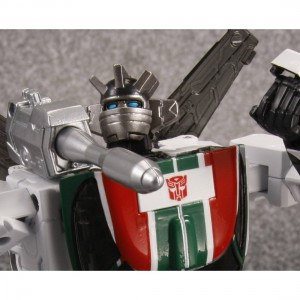 Transformers News: Official High Res Images: Takara Tomy Transformers Masterpiece MP-20 Wheeljack