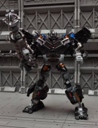 Transformers News: More Images of Dark Of The Moon Ironhide