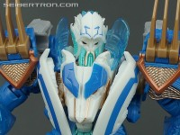 Transformers News: New Galleries: Transformers Prime Voyager Class Thundertron and Ultra Magnus with Cyberverse Commander Class Ultra Magnus and Skyquake