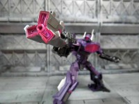 Transformers News: Transformers Generations: Fall of Cybertron Deluxe Shockwave In-Hand Images