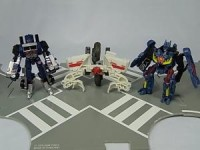 Transformers News: Toys Images of EZ Collection Free Gifts