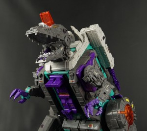 Want Titans Return Trypticon? This is how you can buy him right now!