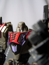 Transformers News: New Images of United UN-04 Megatron