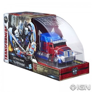 SDCC 2017 Hasbro Transformers Exclusive The Last Knight Optimus Prime