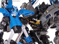 New Toy Galleries: Chromia and Ironhide