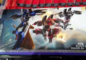 Transformers News: In-Package pics of Platinum Conehead Seekers Squadron with Thurst, Dirge and Ramjet