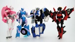 In-Hand Image - Takara Tomy Transformers Adventure TAV03 Strongarm