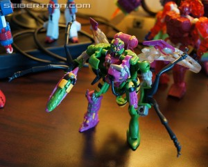 Video Review - Transformers Collectors' Club Thrustinator