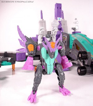 Top 5 Transformers Toys That Need An Upscale