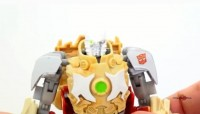 Video Review: Transformers Prime Beast Hunters Ratchet
